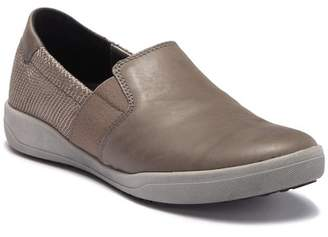 Josef Seibel Sina 19 Slip-On Leather Sneaker