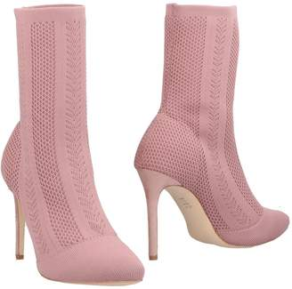 Romeo Gigli Ankle boots