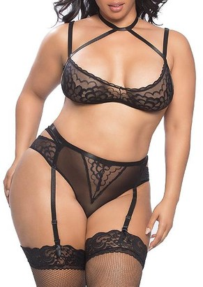 Oh La La Cheri Plus Size Smooth Lace Harness Bra & Garter Set