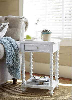 Paula Deen Home Kori End Table
