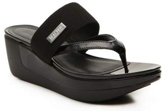 Kenneth Cole Reaction Pepea Cross Wedge Sandal