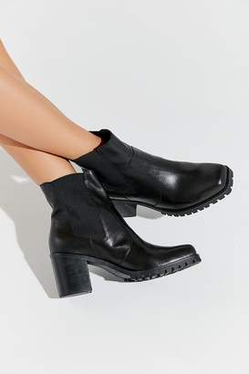 Urban Outfitters Alex Square Toe Chelsea Boot