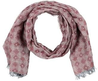 Oblong scarf