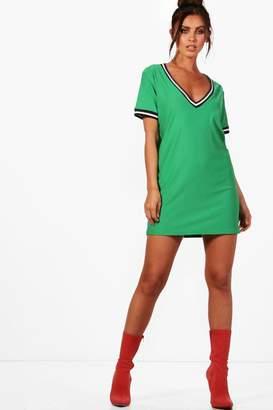 boohoo Petite Sports Trim Plunge Shift Dress