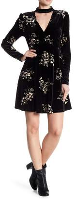 Romeo & Juliet Couture Choker Floral Velvet Dress
