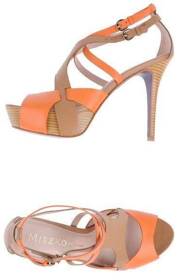 Miezko Platform sandals