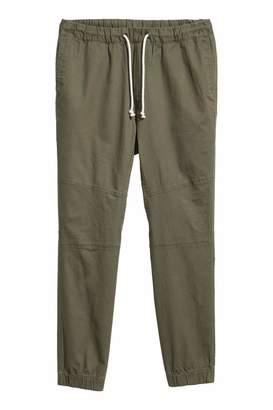 H&M Twill Pants - Khaki green - Men