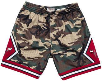 d25ce76cab Mitchell & Ness Men Chicago Bulls Woodland Camo Swingman Shorts