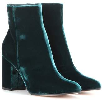 Gianvito Rossi Exclusive to mytheresa.com – Rolling 85 velvet ankle boots