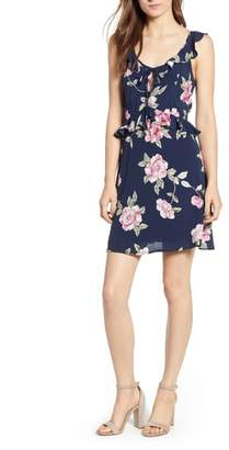 Cupcakes And Cashmere Loraine Floral Dress