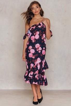 NA-KD Na Kd Cold Shoulder Thin Strap Frill Dress Black/Pink Print