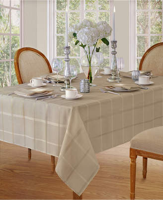 "BEIGE Elrenene Elegance Plaid 60""x 84"" Oval Tablecloth"