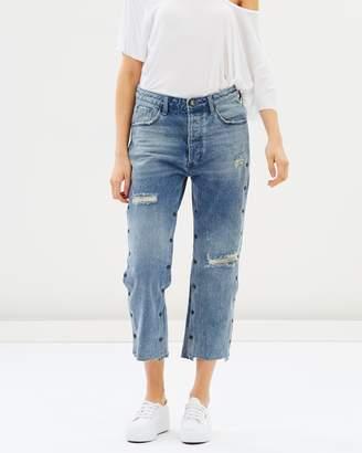 One Teaspoon Low Waist Relaxed Straight Leg Jeans