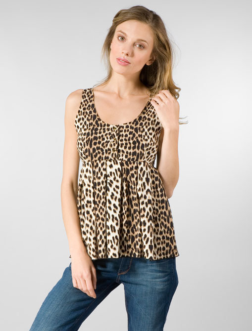 Alisha Levine Three Button Top in Leopard