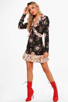 boohoo Elsie Mix Print Ruffle Detail Woven Tea Dress