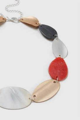 Wallis Coral Shell Collar Necklace