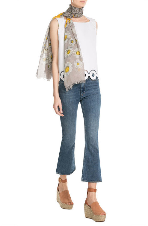Marc JacobsMarc Jacobs Daisies Printed Scarf with Silk