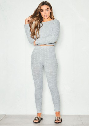 97c94a5377 Missy Empire Missyempire Adele Grey Cable Knit Crop Loungewear Set