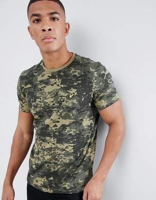 Lyle & Scott Logo T-Shirt In Abstract Camo
