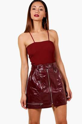 boohoo Petite Vinyl Zip Detail Mini Skirt