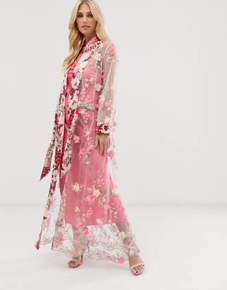 Aratta maxi kimono in sheer 3d embroidered mesh with ribbon tie