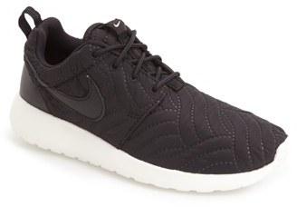 Women's Nike 'Roshe Run' Print Sneaker $95 thestylecure.com