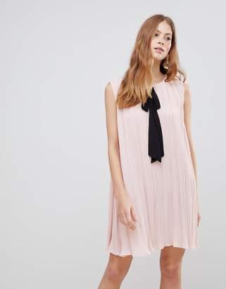 Vila Contrast Bow Dress