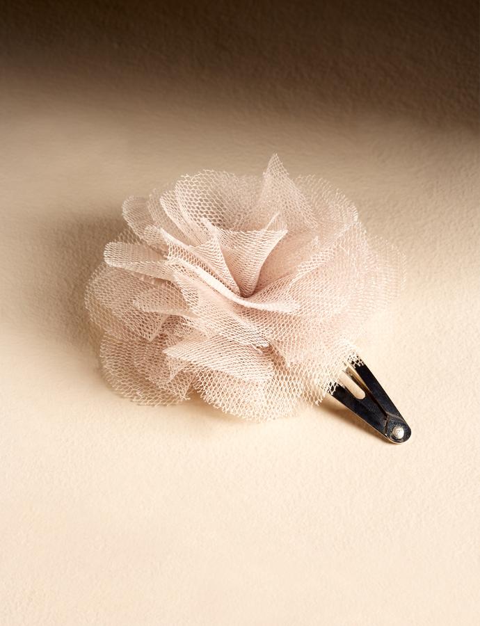 Puff Flower Clip