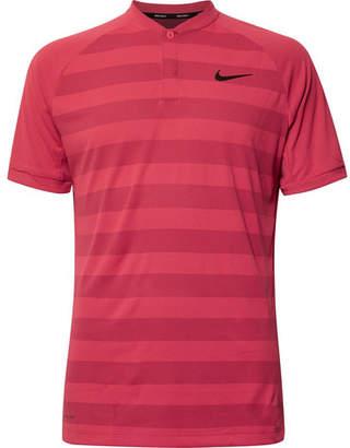 Nike Zonal Cooling Momentum Striped Mesh Golf T-Shirt