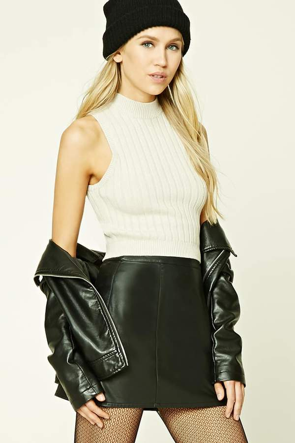 FOREVER 21+ Ribbed Cropped Top