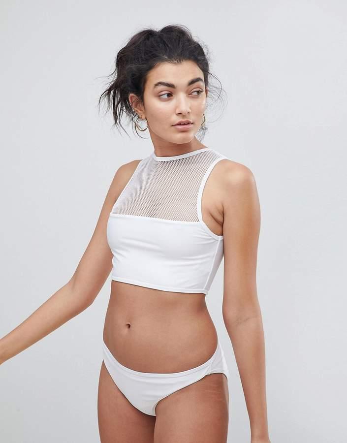 – Hochgeschlossener Bikini mit Ringerrücken aus Netzmaterial