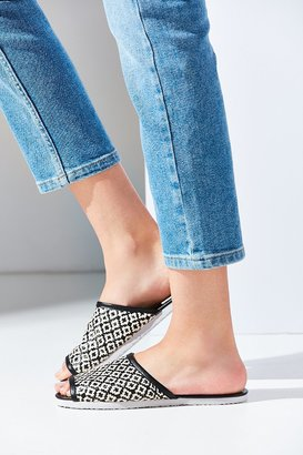 Urban Outfitters Woven Slide $12 thestylecure.com