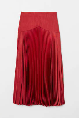 H&M Pleated Satin Skirt - Red