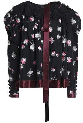 Marc Jacobs (マーク ジェイコブス) - Marc Jacobs Crochet-Trimmed Floral-Print Satin Top