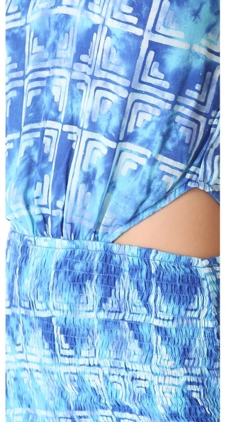 Indah Canoa Dress