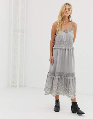 Moon River Embroidered Midi Dress