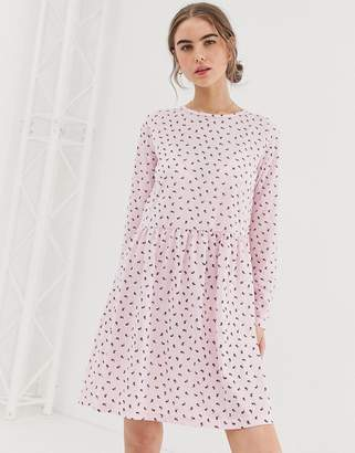 a11f05a8af2 Daisy Street long sleeve smock dress in ditsy rose print