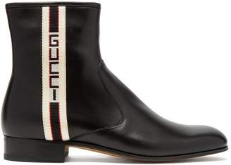 Gucci Logo Stripe Leather Chelsea Boots - Mens - Black