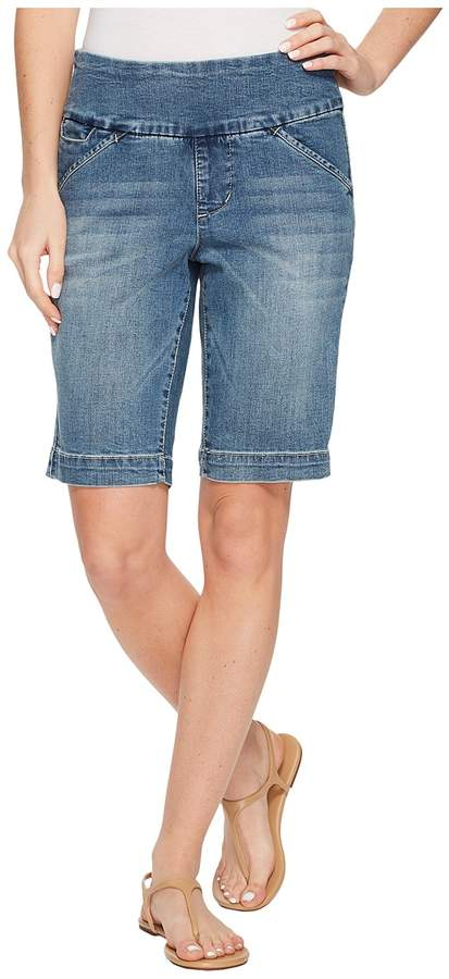 Jag Jeans Ainsley Pull-On Bermuda Classic Fit Butter Denim Short in Horizon Blue Women's Shorts