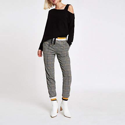 Womens Black asymmetric shoulder knit jumper
