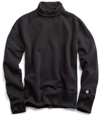 Todd Snyder + Champion Turtleneck Sweatshirt in Black