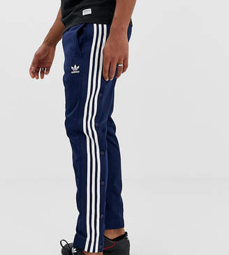sports shoes 5441e 1d5af adidas snap track pants