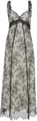 ALEXACHUNG Chantilly Lace Maxi Dress