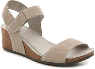White Mountain Haines Wedge Sandal - Women's