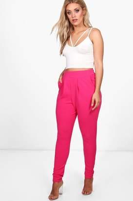 boohoo Plus Pleat Front Trouser
