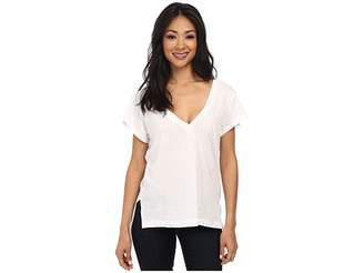 LnA Carmen V-Neck Women's Short Sleeve Pullover