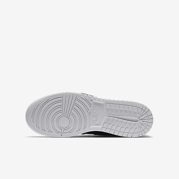 Air Jordan 1 Retro High OG Big Kids' Shoe 18