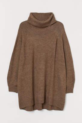 H&M H&M+ Long Turtleneck Sweater - Beige