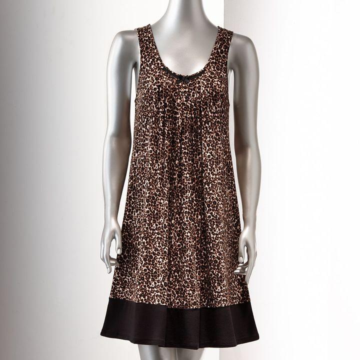 Vera Wang Simply vera basic luxury chemise