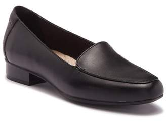 Clarks Juliet Lora Leather Loafer - Wide Width Available